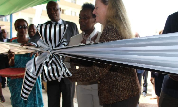 Amb Barks-Ruggles and Hon. Min. Gashumba cut the ribbon to officially open the AfSBT-RBC Collaborating Center.
